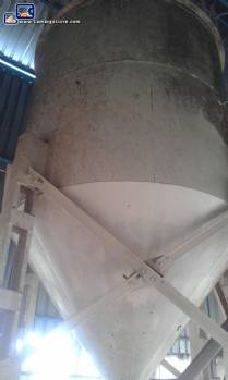 2 Silos for storage of sugar with capacity of 10 tons each