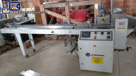 Flow pack wrapping machine Kawamac