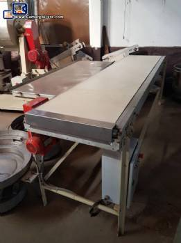 Conveyor belt with 2.80 m Simonetti