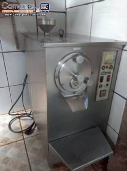 Producer of ice cream dough and accessories Refrigás Ártico