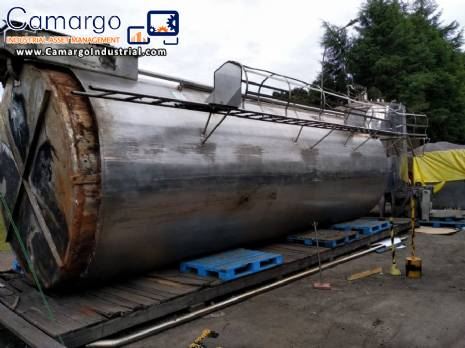 Insulated stainless steel tank 50.000 L