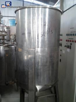 Stainless steel tank for 150 liters