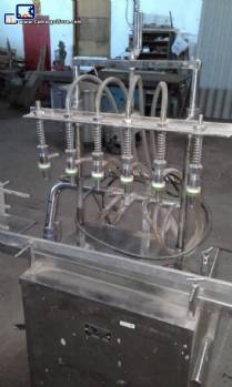 Linear filling machine with 6 stainless steel spouts Amard