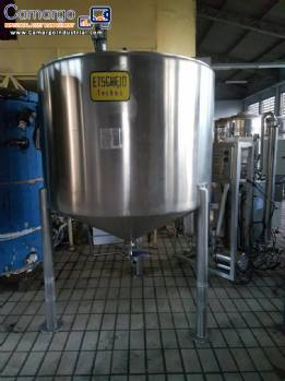 Stainless steel tank 2.000 L with stirrer