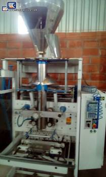 Vertical powder packer with helical dosing system Indumak